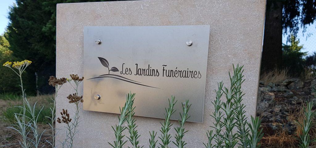 stèle les jardins funéraires